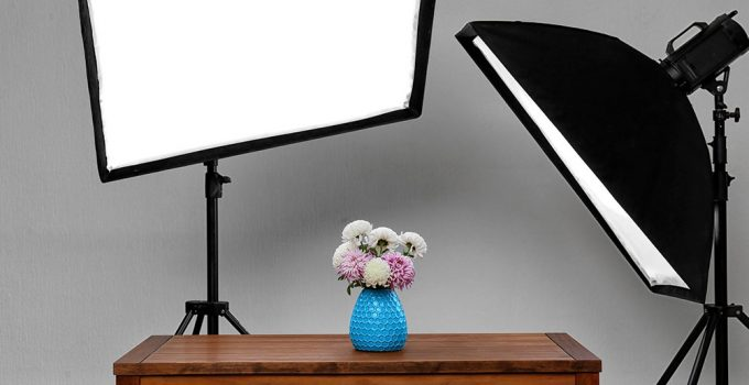 vase bleu eclairé par softbox